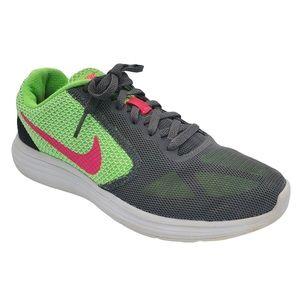 Women's Nike Revolution 3 Running Shoes Size 7.5